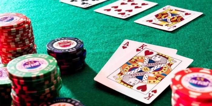 imagem de um jogo de poker mostrando transparencia