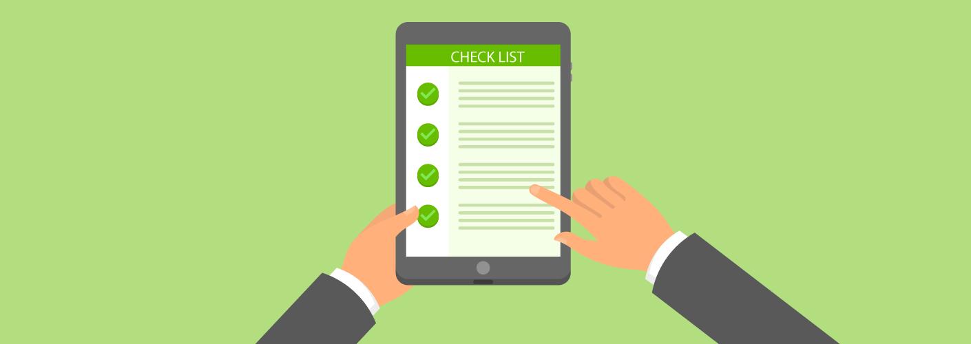 imagem de um organizador de eventos fazendo o checklist para eventos completo do seu planejamento