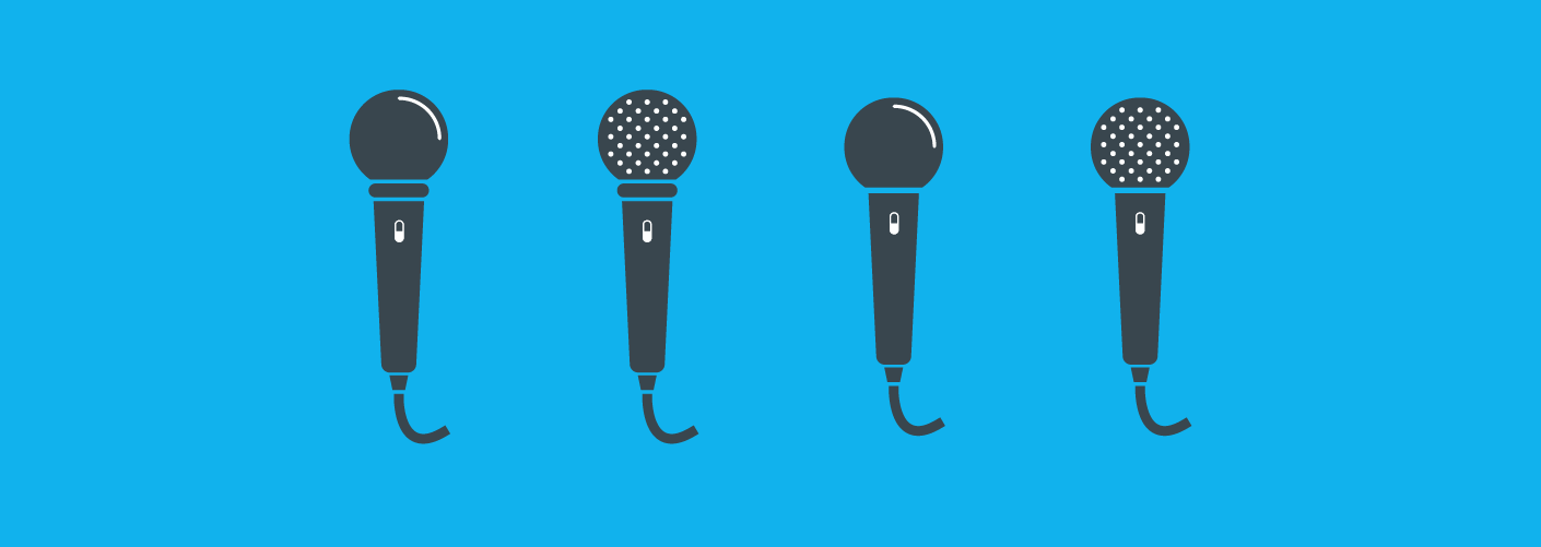 imagem de quatro microfones representando os palestrantes em eventos