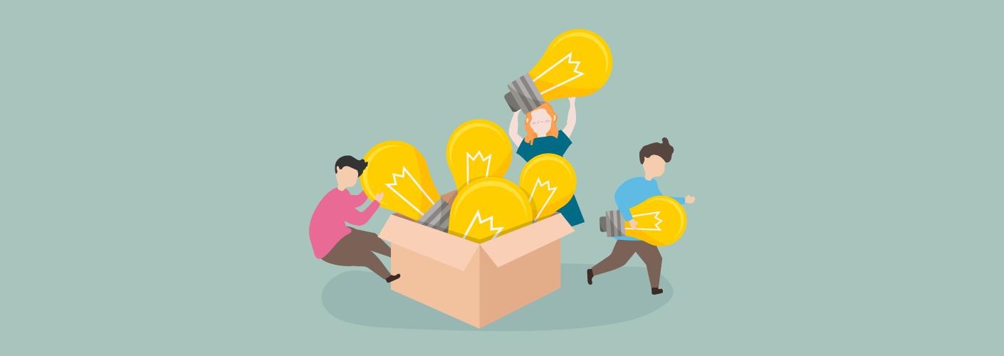 imagem de três pessoas carregando lâmpadas que representam as ideias para fazer um evento corporativo diferente