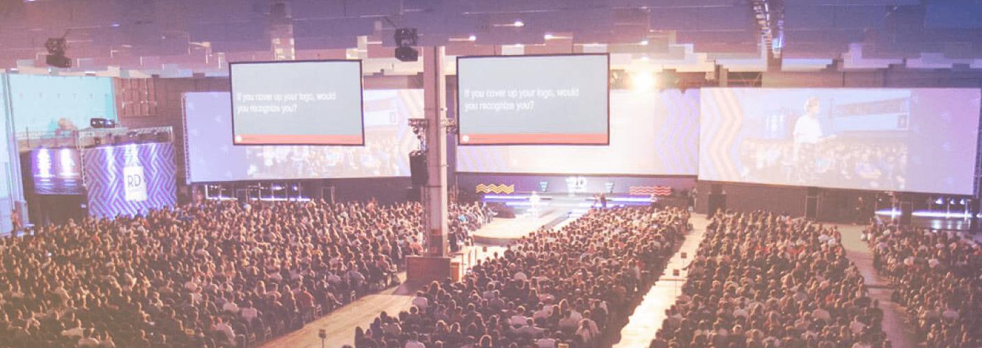 palco mostrando a decoração para eventos